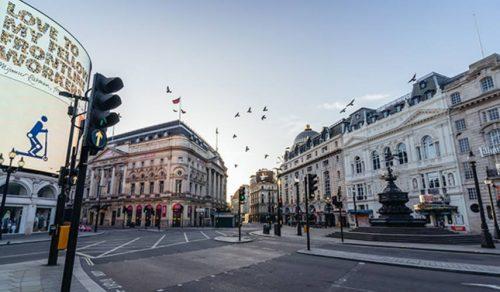 UK Risks Isolation if Keeping Doors Closed to international Travel